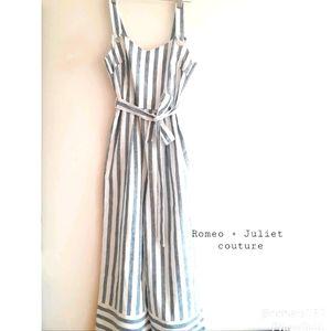 Romeo + Juliet Couture Linen Belted Jumpsuit M